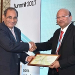 Mr. V.D. Zope offering the participation certificate to Mr. Subhash Bhargava